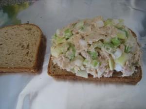 Spread tuna mixture on the bread